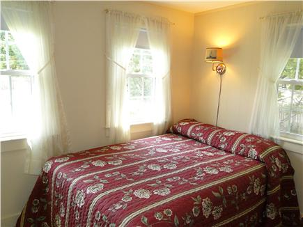 West Yarmouth crowell and seag Cape Cod vacation rental - Full sized bedroom