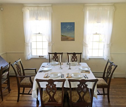 Wellfleet (National Seashore) Cape Cod vacation rental - Dining Area - Living room