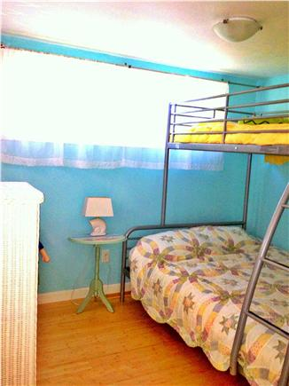 Wellfleet Cape Cod vacation rental - Bunk beds
