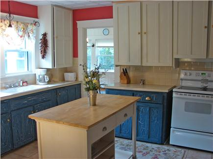 Hyannis Cape Cod vacation rental - Old Cape charm with updated appliances