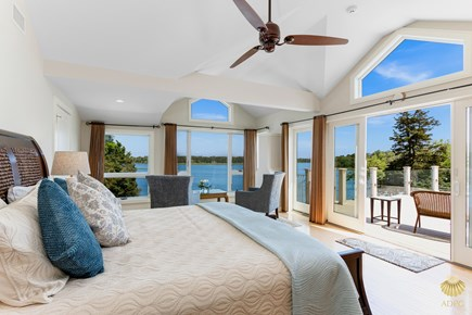 East Orleans Cape Cod vacation rental - Swan Master Suite with ensuite bath & King bed