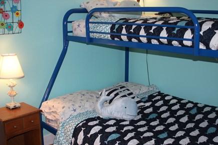 Harwich Port Cape Cod vacation rental - Bunk bedroom