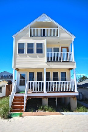 Plymouth Ma. MA vacation rental - Beach side