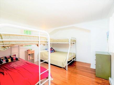 Wellfleet Cape Cod vacation rental - 1st floor bunk bed bedroom