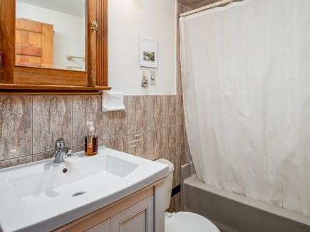 Wellfleet Cape Cod vacation rental - 1st floor bath