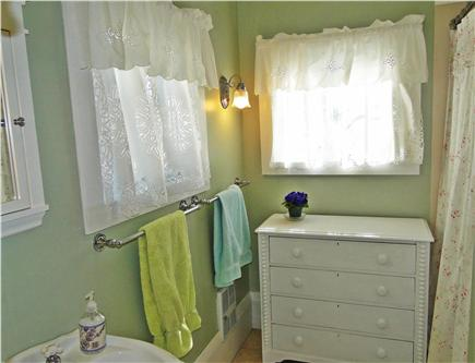 Brewster, old historic district Cape Cod vacation rental - Recently renovated first floor bathroom