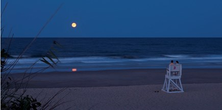 South Yarmouth Cape Cod vacation rental - Twice in a Blue Moon! Coastguard Beach in September!