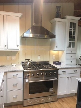 Falmouth Cape Cod vacation rental - Six burner range with convection oven