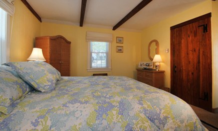 Hyannisport Cape Cod vacation rental - The master bedroom has a comfortable queen sized bed.