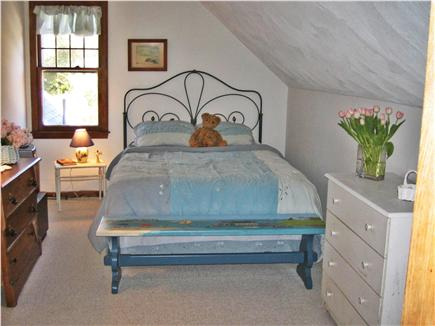 Osterville Osterville vacation rental - Queensized bed,  plenty of closet space.