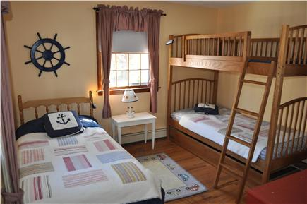 Dennisport Cape Cod vacation rental - Kids' Bedroom: Twin Bed and Bunk Beds with Trundle