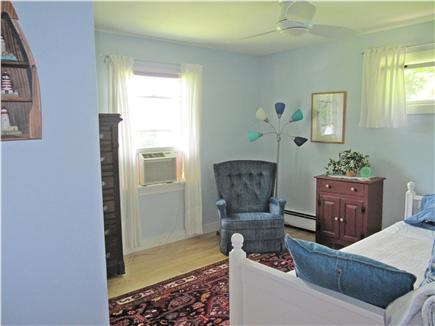 Brewster Cape Cod vacation rental - Air conditioned Trundle Bedroom - 2 twin beds.