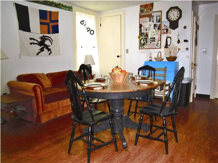 Cotuit Cotuit vacation rental - Piney Rd kitchen