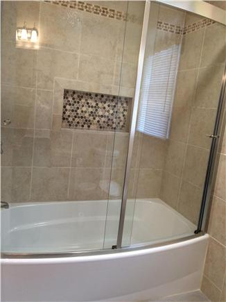 West Yarmouth Cape Cod vacation rental - New full size tub and shower