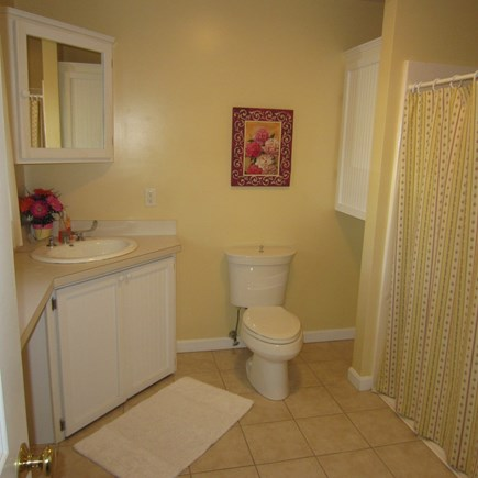 Brewster Cape Cod vacation rental - Master Bath adjacent to Master Bedroom