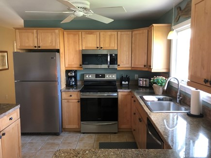 Brewster Cape Cod vacation rental - All New Kitchen Stainless Appliances 2021