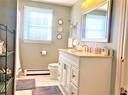 East Orleans Cape Cod vacation rental - 2nd floor guest bath with tub for bubble baths