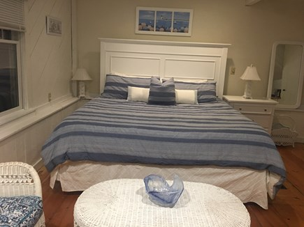 New Seabury, Popponesset, Mash New Seabury vacation rental - King Master King Suite with New Furniture, Memory Foam Bed, HDTV
