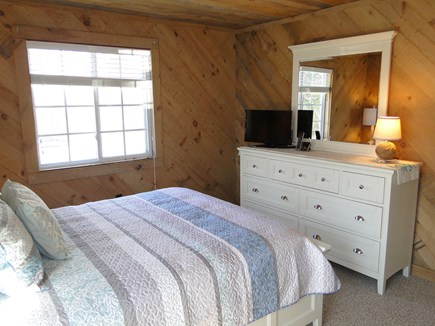 Falmouth New Silver Beach Cape Cod vacation rental - Master offer flat screen TV, air-conditioning