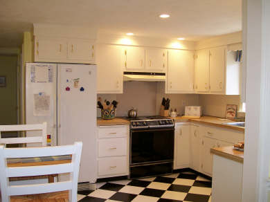 Chatham Cape Cod vacation rental - Fully-equipped, eat-in kitchen