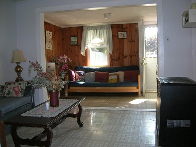 Wareham MA vacation rental - Living room alcove