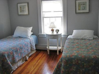 Harwich, Chatham Cape Cod vacation rental - 2 twin bedroom