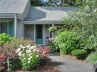 Harwichport Cape Cod vacation rental - Harwich Vacation Rental ID 15842 - Summer blossoms