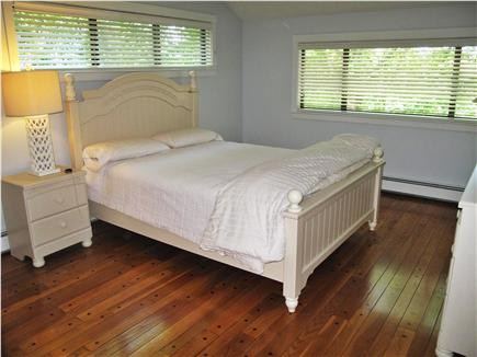 New Seabury, Mashpee New Seabury vacation rental - Master suite with full bath and sitting room with fireplace