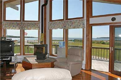 Wareham MA vacation rental - Open Living Area