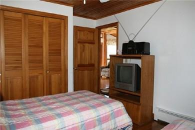 Wareham MA vacation rental - Bedroom 1 (twin beds)