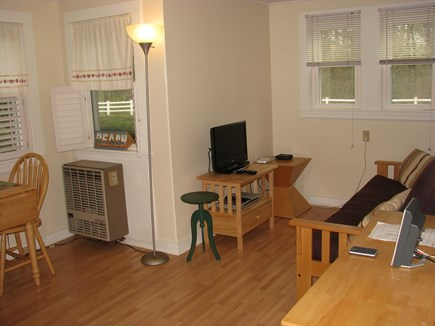 Hyannis, Barnstable Cape Cod vacation rental - Living/Dining area