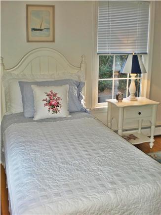 Osterville Osterville vacation rental - Lovely Ralph Lauren linens
