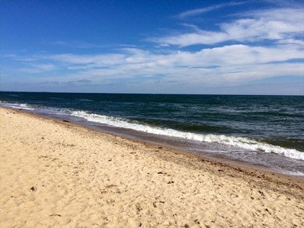 New Seabury, Mashpee, Poppy New Seabury vacation rental - 3 min walk to sandy beach, gentle surf, & 70-75F water in summer!