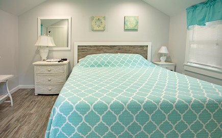 New Seabury, Mashpee, Poppy New Seabury vacation rental - 3BR: New King BR W/ Memory Foam Bed & HDTV
