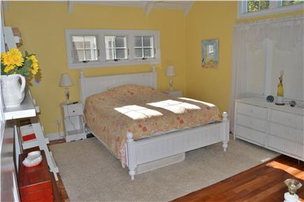 New Seabury New Seabury vacation rental - Cathedral front bedroom with Queen bed, Daybed & trundle & LED TV