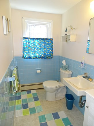 Centerville Centerville vacation rental - Main floor half bath