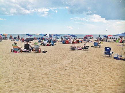 Centerville Centerville vacation rental - Spend a fantastic day at Craigville beach