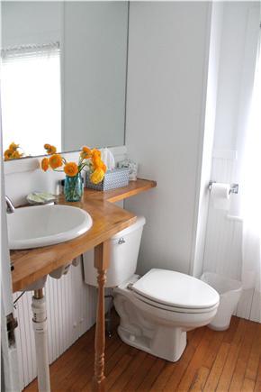 Woods Hole, Falmouth Woods Hole vacation rental - Bathroom