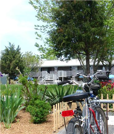 Provincetown Cape Cod vacation rental - Bike from apartment to beach or town