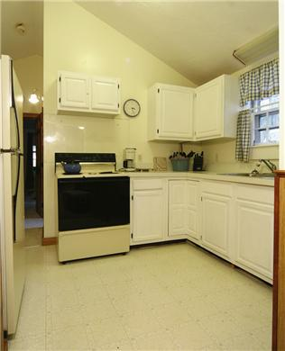 Barnstable, Hyannis Port Cape Cod vacation rental - Kitchen
