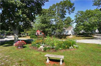 Barnstable, Hyannis Port Cape Cod vacation rental - Property Garden