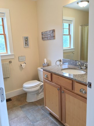 Wellfleet Cape Cod vacation rental - Downstairs bathroom