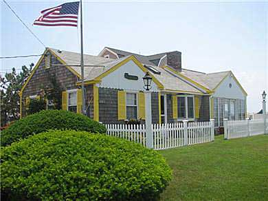 West Dennis Cape Cod vacation rental - West Dennis Oceanfront rental ID 16739