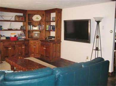 Wellfleet Cape Cod vacation rental - Living room with 52-inch flatscreen HDTV and DVD player