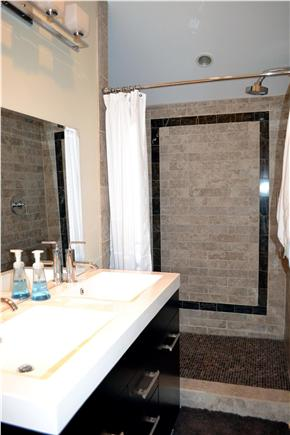 Dennis Port Cape Cod vacation rental - Master bathroom
