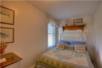 Provincetown Cape Cod vacation rental - 1st Bedroom  full