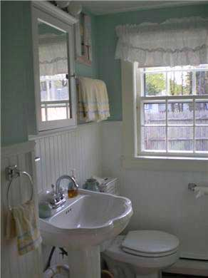 Dennis Port Cape Cod vacation rental - Bathroom