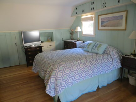 Dennis Cape Cod vacation rental - Second floor queen bedroom