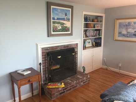 North Chatham with Beach, Kaya Cape Cod vacation rental - Working Fireplace for the Winter