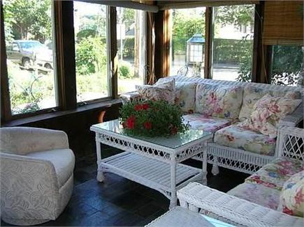 Woods Hole Woods Hole vacation rental - Wicker sun room